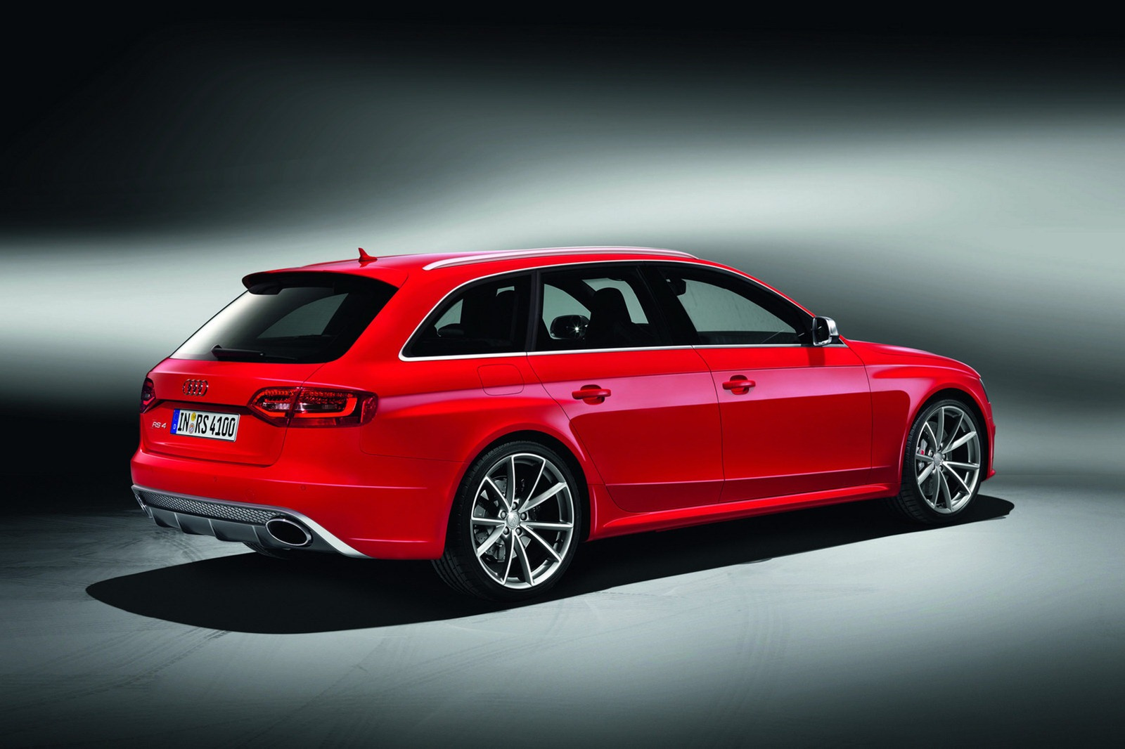 New Audi 2013 Rs4 Maze